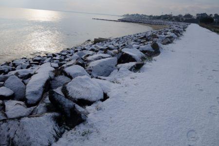 brocante-oleron-st-trojan-neige-digue